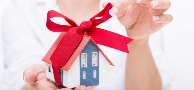 Сколько стоит оформить дарственную на квартиру у нотариуса?