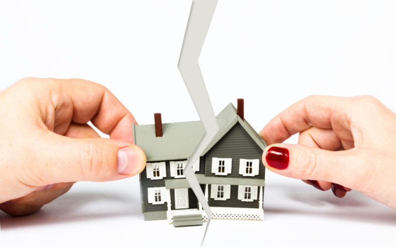 Квартира в ипотеке: как разделить при разводе?