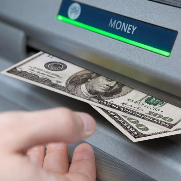 Обналичивание денег ООО