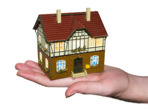 Стоимость оформления дарственной на квартиру у нотариуса