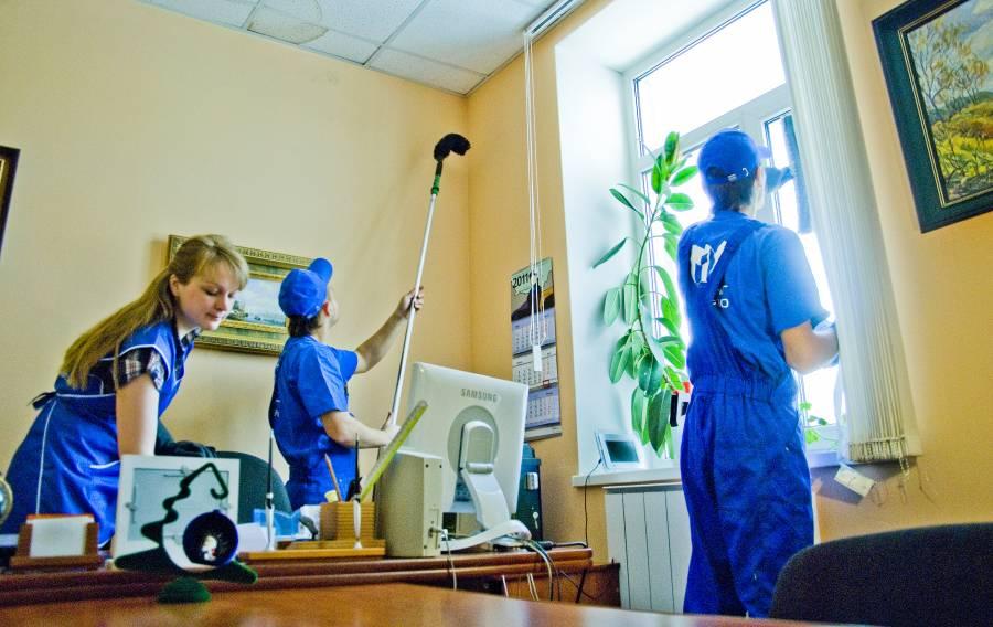 Уборщик служебных помещений по ЕТКС