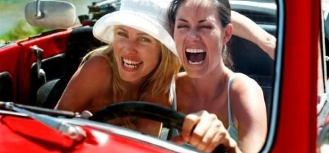 Можно ли ездить за рулем с голым торсом